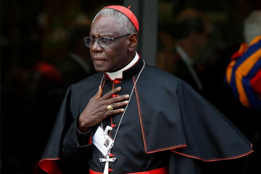 Cardinal Robert Sarah au colonel Doumbouya, « balayez autour de vous tous les prédateurs invétérés de notre Pays, corrompus et incompétents » (Lettre)