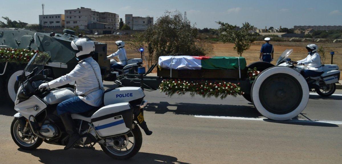 Bouteflika enterré ce jour, Tebboune lui refuse les derniers honneurs