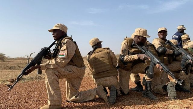 Burkina Faso : au moins 12 soldats tués et 5 blessés lors d'une attaque dans la région du Centre-Nord