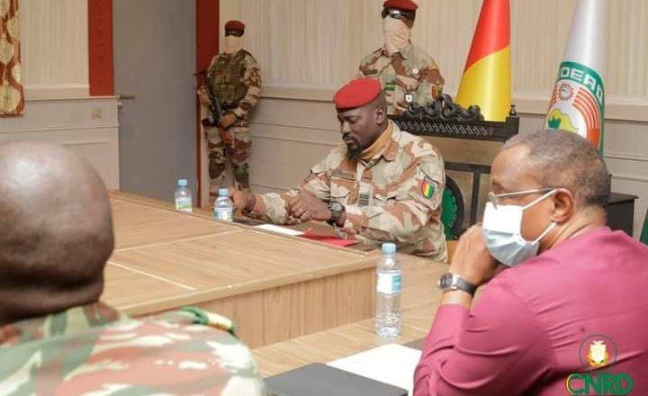 Durée de la transition : « le délai de la transition tiendra compte de l'exigence du chronogramme réaliste et consensuel qui sera élaboré » (Colonel Doumbouya)